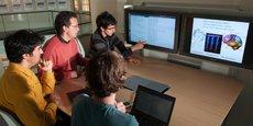 L'équipe projet Mnemosyne de l'Inria, du Labri et de l'IMN à Bordeaux travaille sur la modélisation des fonctions cognitives du cerveau.