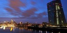 La politique de taux négatif sur les dépôts bancaires de la Banque centrale européenne a coûté 33,7 milliards d'euros aux banques européennes depuis 2014.
