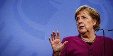 Une réunion, prévue lundi, a été annulée entre la chancelière allemande et les 16 dirigeants régionaux, au cours de laquelle devait être discuté une extension des mesures de restriction.