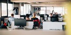 En désertifiant les grands espaces de travail, les mesures sanitaires ont bouleversé la dynamique du marché du bureau. Ici les locaux d'AT Internet, à Mérignac.