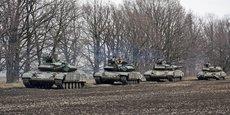LA RUSSIE CONTINUE DE MASSER DES TROUPES AUX FRONTIÈRES UKRAINIENNES, DIT KIEV