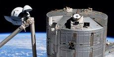 La capsule, ici pendant la phase d'approche de l'ISS.