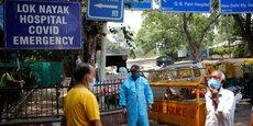 L'Organisation mondiale de la santé (OMS) a détecté le variant à l'origine de l'explosion du nombre de cas de covid-19 en Inde dans au moins 44 autres pays du monde, a-t-elle annoncé mercredi.