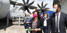 Aux côtés de son colistier Vincent Bounes, aussi patron du Samu 31, Carole Delga a présenté sa liste aux prochaines élections régionales au sein du musée de l'aéronautique Aeroscopia, à Blagnac, sans EELV.