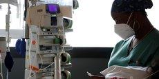 CORONAVIRUS: LA BAISSE DES HOSPITALISATIONS EN SOINS CRITIQUES CONTINUE EN FRANCE