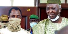 Le vice-président Goïta vient de renverser le président N'Daw, au premier plan sur la photo.