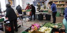 En 2018, la France comptait 10,1 millions de pauvres en prenant en compte tout le monde, c'est à dire les personnes vivant en communauté et les DOM a expliqué l'Insee lors d'un point presse. La crise pourrait amplifié ce phénomène.