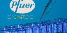 BioNTech-Pfizer - qui se partagent à 50-50 les dépenses et les bénéfices liés au vaccin - comptent vendre 2,1 milliards de doses à travers le monde.