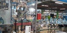 En parallèle à cet investissement massif pour la production de ce nouvel emballage plus écoresponsable en carton, qui ne concernera toutefois que les nouvelles gammes de boissons aromatisées, Volvic veut continuer d'augmenter le taux de PET recyclé pour que d'ici à 2025 soient fabriquées à 100 % en matières recyclées.