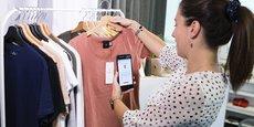 Le groupe textile est désormais capable - et c'est une technologie maitrisée par très peu de concurrents-, de tisser des étiquettes intégrant différentes technologies d'identification telles le QR code, le RFID ou le NFC.