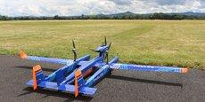 Nous voyons clairement l'usage des drones, nous voyons leur efficacité technique et économique et nous constatons que le décollage de cette industrie devient possible. Nous pensons qu'un nouveau segment de marché va émerger pour lequel nous voulons être dans la course, estime le directeur de la stratégie innovation dans le domaine de l'avionique de vol chez Thales, Marc Duval-Destin