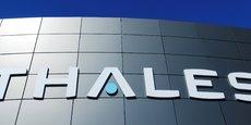 Thales s'est dit légèrement plus optimiste pour l'ensemble de l'année 2021, espérant réaliser un chiffre d'affaires situé entre 17,5 et 18 milliards d'euros.