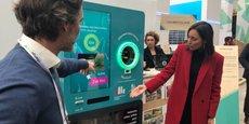 Une démonstration de l'automate lors d'une visite de Brune Poirson du temps où elle était secrétaire d'Etat à la transition écologique.