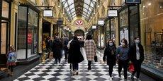 Les Australiens sont de retour dans le grand centre commercial de Melbourne le 7 juillet, suite à l'annonce par la ville d'un assouplissement des restrictions sanitaires.