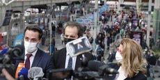 Ce lundi 9 août, jour de la mise en place du contrôle du pass sanitaire dans les trains grandes lignes, le ministre délégué aux Transports Jean-Baptiste Djebbari s'est rendu gare de Lyon à Paris pour observer l'application du dispositif.