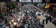 Les autorités sanitaires ont averti que le rassemblement de Sturgis dans le Nord-Dakota, qui attire quelque 500.000 motards chaque année, pourrait se transformer en événement super-propagateur... comme ce fut le cas l'an dernier. (Photo d'illustration datée du 5 août 2015, pour la 75e édition de cet événement)