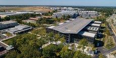 Le nouveau bâtiment de Dassault Aviation à Mérignac offre 1.650 postes de travail, 24 espaces collaboratifs modulaires et 9 plateaux projets.