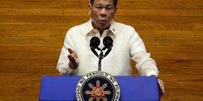 PHILIPPINES: TOUTE PERSONNE AYANT FRANCHI LES LIMITES DE LA LUTTE ANTI-DROGUE RENDRA DES COMPTES, DIT DUTERTE