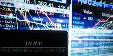 Bernard Arnault a réussi à bâtir le numéro un mondial du luxe LVMH à partir d'une simple entreprise de promotion immobilière.