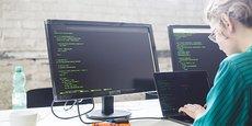 CodinGame, plateforme de recrutement de développeurs web, fusionne avec CoderPad, plateforme d'entretiens techniques à distance.