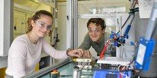 Sarah Lamaison et David Wakerley, les cofondateurs de Dioxcycle, qui développe une solution de recyclage de CO2 industriel.