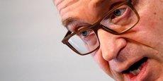 Le président de la Bundesbank, en poste depuis mai 2011 et âgé de 53 ans, a dit démissionner pour des raisons personnelles. Critique de longue date de la politique accommodante de la BCE, il n'en a pas moins réitéré ses mises en garde sur les risques inflationnistes dans un message relayé par la Bundesbank.