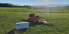 Les drones que nous avons sélectionnés peuvent voler à une vitesse de 100 km/h et une altitude de 100 mètres environ, ce qui nous permettrait d'assurer un transport d'une durée de 10 minutes, précise le laboratoire Oriade-Noviale.