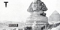 Au XVIIIE siècle, de jeunes aristocrates anglais, férus de voyages éducatifs, partent faire le Grand Tour de l'Europe. Ce Grand Tour donnera naissance au mot « tourisme », un nouveau concept qui révélera l'art de voyager pour le loisir et dont l'avènement se réalisera en 1841, date à laquelle le Britannique Thomas Cook crée la première agence de voyages. Ci-contre des touristes visitent le Sphinx de Gizeh en Égypte.