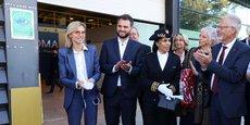 Anthony Bugeat, le directeur général d'Axioma, aux côtés d'Agnès Pannier-Runacher, la ministre déléguée chargée de l'Industrie, ce jeudi 28 octobre à l'inauguration de la nouvelle usine.