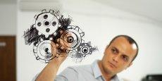 Dans les pôles de compétitivité, la recherche des PME et des ETI est largement subventionnée