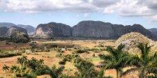 La Cordillère de Guaniguanico est l'une des trois principales chaînes de montagnes de Cuba. On peut visiter l'intérieur des grottes qui abritent des fossiles de paresseux et autres espèces disparues ou même les escalader... | © Alexander