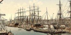 Port des voiliers au quai d'Asie à Hambourg - 1903 / Wikipédia