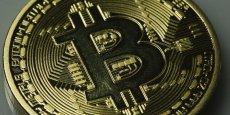 Les Finlandais peuvent s'ils le souhaitent, investir dans le Bitcoin, au même titre que certains investissent dans l'or ou dans le coton. Rappelons à cet égard que le Bitcoin ne valait que quelques centimes en 2010, avant de franchir la barre des 1.000 dollars fin novembre. et tourne ce lundi matin autour de 710 euros.