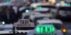 À Orly, environ 200 taxis bloquaient toujours à 18H00 la desserte de l'aéroport. (Photo : Reuters)