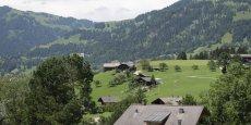 Gstaad (Suisse) : ses montagnes, ses chalets, et son forfait fiscal.
