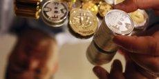 Après avoir dépassé les 1.000 dollars en début d'année, le bitcoin n'en valait plus que 650 mardi matin. (Photo : Reuters)