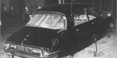 LA DS 19 du général De Gaulle après l'attentat du petit-Clamart en 1962