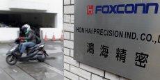 Foxconn a signé une lettre d'intention pour investir des centaines de millions de dollars dans la région de Jakarta.