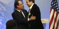 L'accolade (hug) entre Carlos Diaz, l'instigateur du mouvement des pigeons (à droite) et François Hollande, a été le point d'orgue d'un voyage en Silicon Valley qui relevait plus de l'exercice de communication que de la diplomatie économique...