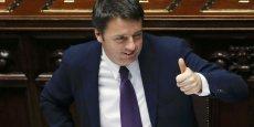 Dans son discours, Matteo Renzi a dénoncé l'injustice d'un marché du travail qui séparait les travailleurs italiens entre une première division et une deuxième division.