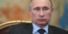 Vladimir Poutine a désormais toutes les cartes en mains pour décider d'une intervention armée en Ukraine. Ce qui inquiète vivement les occidentaux. (Photo : Reuters)