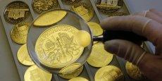 Le prix de l'or est fixé deux fois par jour par cinq banques: Scotia-Mocatta, Barcalys, Deutsche Bank, HSBC et Société générale. REUTERS/Leonhard Foeger