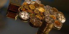 Le bitcoin est la plus connue des monnaies numériques, apparues dans le sillage du développement d'internet pour effectuer des achats en ligne ou des transferts d'argent. Sans soutien d'un gouvernement ou d'une banque centrale son cours peut fluctuer dans des proportions spectaculaires.