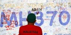 Depuis deux semaines, les familles des passagers du vol MH370 attendent de savoir ce qu'il est advenu de leurs proches...