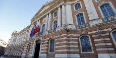 D'après une étude du Forum pour la gestion des villes et des collectivités territoriales, Toulouse est la ville où la pression fiscale des impôts locaux sur le contribuable est la plus importante.