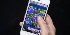Parmi les nouvelles oeuvres courtes, participatives, diffusées en streaming l'étude cite le jeu Candy Crash créé par King.