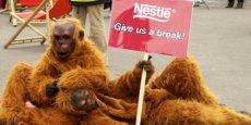 L'opération de Greenpeace sur Nestlé dépasse rapidement le cadre du Net. / Reuters