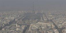 L'étude a montré que pendant une journée standard, les Parisiens inhalent environ 200.000 particules fines par litre d'air.