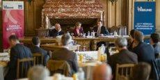 Frédéric Coppin et Fabrice Allavoine, les deux intervenants AXA Entreprises ont débattu pendant deux heures sur la responsabilité du chef d'entreprise face aux risques nouveaux ou en croissance |Crédits : Olivier Touron - La Tribune