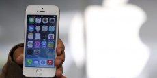 Les fabricants Japan Display, Sharp et LG Display ont été sélectionnés pour fabriquer les écrans de la nouvelle version du smartphone de la marque à la pomme.(Photo : Reuters)